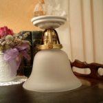 Deckenlampe H01 mit Porzellanfuß und Schirm 40gs